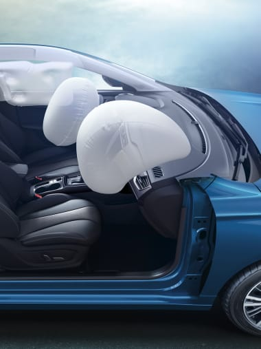 MG5 Black Interior Safety Features