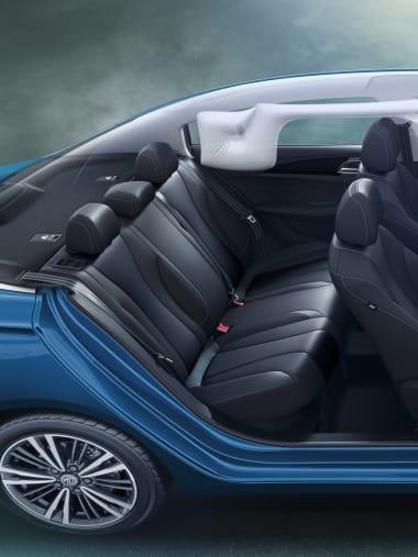 MG5 Black Interior Airbags