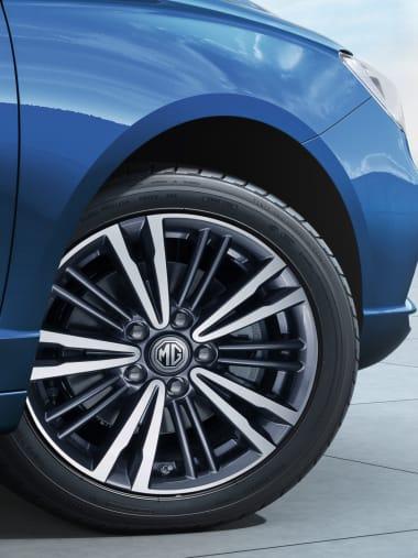 MG5 Blue Wheel
